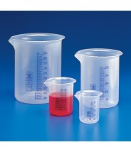 Globe Scientific Beaker Griffin Style Low Form 500mL Polypropylene With Printed Graduations 12Pack